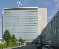 Daimler AG Konzernzentrale in Stuttgart-Untertürkheim