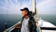 Rollo Gebhard auf seinem Segelboot unterwegs auf dem Schwarzen Meer  Bild: Angelika Gebhard Fotograf: Angelika Gebhard