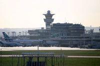 Flughafen Paris-Orly Bild: PierreAeroport
