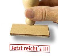 Jetzt reicht's: Zu viel Werbung macht wütend. Bild: pixelio.de/Thorben Wengert