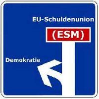 ESM: Ein Vertrag mit dessen Hilfe einige Menschen, jeden beliebigen Staat zu einer Zahlung einer beliebig hohen Summe auffordern können, ohne das ein Staat die Möglichkeit des Widerspruchs hat. Alle Mitarbeiter des ESM genießen volle Immunität vor allen Gerichten. Demokratisch? (Symbolbild)