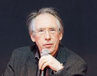 Ian McEwan (2011), Archivbild