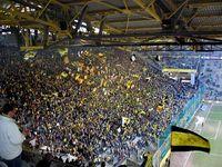 Signal Iduna Park vor einem Bundesliga-Spiel