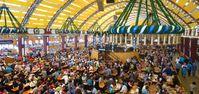 Im Löwenbräu-Festzelt 2013
