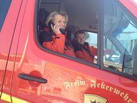 Feuerwehr und Skiclub verkündeten  Leyhe-Start per Lautsprecher im Upland. Bild: SCW