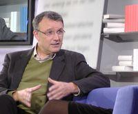 Michael Lüders auf dem blauen sofa, 2011