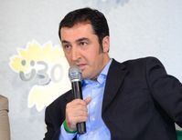 Cem Özdemir (2010)