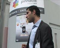 Herr Hossain el Ouariachi (Marketing Manager Central Europe) von Pinnacle System erklärt dem Team von ExtremNews die neuen Produkte. Bild ExtremNews