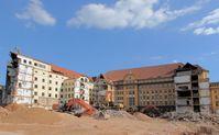 Stuttgart 21: Abriss des rückwärtigen Teils der ehemaligen Bundesbahndirektion (September 2012)