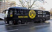 Mannschaftsbus von Borussia Dortmund (2015)