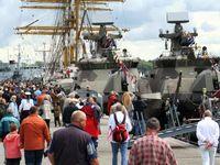 OPEN SHIP während der Kieler Woche 2009 im Marinestzützpunkt
