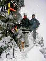 Forschung in Schnee und Eis: Auch durch unwirtliche Bedingungen lassen sich die Bonner Wissenschaftler nicht schrecken - hier eine Aufnahme vom Rothorn, wo ähnliche Versuche laufen. (c) Geographisches Institut der Uni Bonn