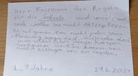 Nachstehend die E-Mail und der Brief der besorgten Mutter, die darauf hofft, dass ihr Brief auch anderen Eltern Mut macht, sich gegen die Maßnahmen zu wehren. Bild: WB / Eigenes Werk