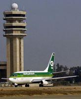 Eine Boeing 737-200 der Iraqi Airways am Flughafen Bagdad 2008