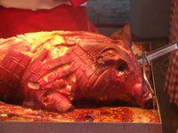 Schweinefleisch (Spanferkel) - Schwein gehabt! (Symbolbild)