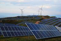 Solarzellen und Windräder: Quellen für Wasserstoffproduktion.