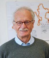 Prof. Dr. Holk Cruse (Bild), Biologe an der Universität Bielefeld, und sein Forschungspartner Malte Quelle: Foto: Universität Bielefeld (idw)