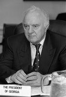 Eduard Schewardnadse (1997). Bild: Robert D. Ward - wikipedia.org