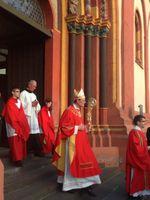 Kardinal Rainer Maria Woelki (2015) in der Mitte, Archivbild