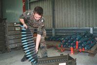 Bundeswehr mit so wenig Munition das diese nach 4 Tagen Kampfeinsatz fertig ist...