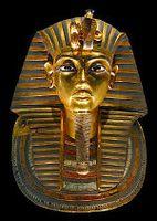 Die Totenmaske des Tutanchamun im Ägyptischen Museum Kairo Bild: en:User:MykReeve / de.wikipedia.org