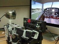 Im Simulator-Cockpit: PIBOT steuert Vorgänge allein. Bild: Screenshot