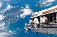 Außenbordeinsatz der Astronauten bei einer ISS-Mission (Archivbild)