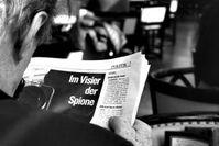 Überwachter Mann: Kamera fotografiert unbemerkt (Foto: pixelio.de, wuestenfuchs)
