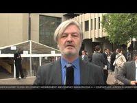 """Screenshot aus dem Youtube Video """"COMPACT Vor Ort: NSU-Prozess in München - mit Jürgen Elsässer"""""""