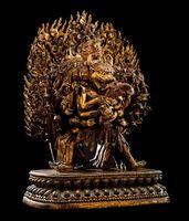 Leading highlight, lot 8, a highly important monumental Imperial gilt-bronze figure of Vajrabhairava.  Bild: Nagel Auktionen Stuttgart Fotograf: Andreas Wagner