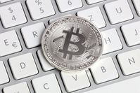 Bitcoin: Schürfen in Chrome wird verboten. Bild: Tim Reckmann, pixelio.de
