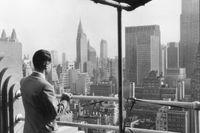 Reinhard Mohn in New York, 1954  Bild: Bertelsmann SE & Co. KGaA Fotograf: Bertelsmann SE & Co. KGaA