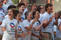 """Loveland by Request Show Choir (Loveland OH - USA) beim Freundschaftskonzert im Washington Park  - World Choir Games 2012 / Bild: """"obs/INTERKULTUR/Kathleen Kennedy"""""""