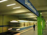 Münchner U-Bahnhof Bild: FloSch / wikipedia.org