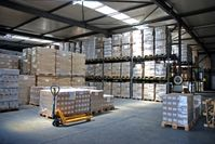 Lagerraum in einem Industriekomplex für Nahrungsmittelherstellung (Symbolbild)