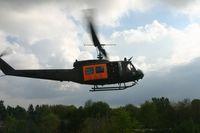 SAR-Hubschrauber vom Typ Bell UH-1D im Flug