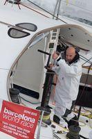 """Jörg Riechers auf seinem Boot beim Training für das Barcelona World Race. Bild: """"obs/IMOCA Ocean Masters World Championship/Gilles Martin-Raget/BWR"""""""