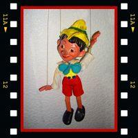 Hat die Bundesregierung gewisse Ähnlichkeiten mit der Marionette Pinoccio?