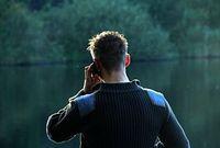 Die Auswertung von Handydaten kann Netzetreiber zusätzlich bereichern. Bild: aboutpixel.de/Svair
