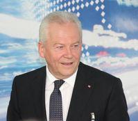 Rüdiger Grube beim Elektromobilitätsgipfel 2013 in Berlin