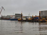 Aufnahme des beschädigten Seeschiffes und der Arbeitsfahrzeuge Bild: WSPI OL