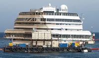 Die aufgerichtete Costa Concordia
