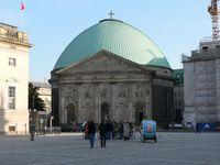 St.-Hedwigs-Kathedrale am ehemaligen Forum Fridericianum, dem heutigen Bebelplatz
