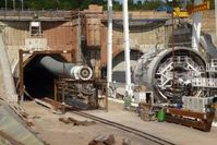 Tunnelbau für Züge: Das geht bald schneller. Bild: Sabine Geißler, pixelio.de