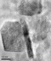 In Graphen verpackte Kathoden-Partikel.
