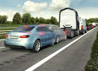 Der Notbremsassistent überwacht permanent den Abstand zum vorausfahrenden Fahrzeug und leitet im Fall des Falles eine Notbremsung ein