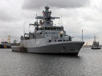 """Korvette """"Erfurt"""" beim Einlaufen in den Marinestützpunkt Warnemünde. Bild: Marine"""