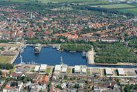 Bauhafen des Marinearsenals in Wilhelmshaven