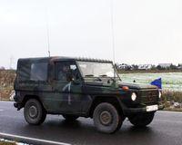 Wolf als Führungs- und Funkfahrzeug (FüFu) mit zwei Fahrzeugantennen, bevorzugt genutzt durch Kompaniechefs und Bataillonskommandeure (Symbolbild)