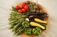 Wochenanteil an Gemüse und Obst eines Community-Supported Agriculture-Projektes (CSA) in den USA, Symbolbild